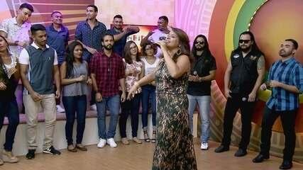 Ouça 'Brasileira' de Lucinha Cabral