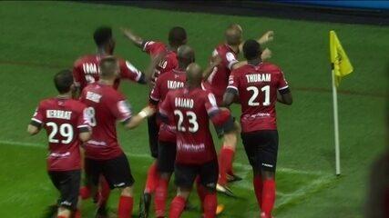 O gol de Guingamp 1 x 0 Lille pela 6ª rodada do Campeonato Francês