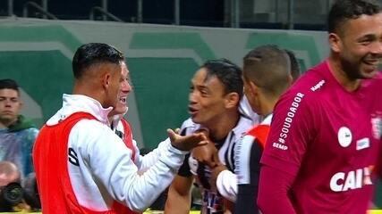 Os melhores momentos de Palmeiras 0 x 1 Santos pela 26ª rodada do Brasileirão