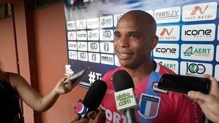 Emocionado, Vitinho dedica golaço à família e exalta campanha do Santão na Copa ES
