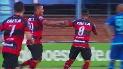 Walter marca golaço contra o Avaí