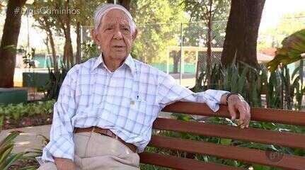 Aposentado é homenageado com seu nome em uma praça de Campinas (SP).
