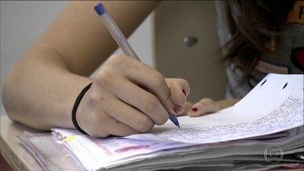 Prova Brasil avalia 6,5 milhões de alunos da educação básica