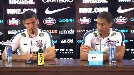 Balbuena e Pablo falam em entrevista no Corinthians