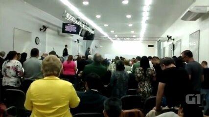Jovem tenta esfaquear pastor durante culto em Tatuí