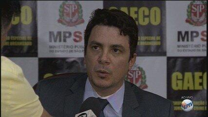 Promotores do Gaeco comentam suspeitas identificadas em contratos de coleta de lixo