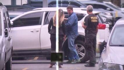 Deputado Paulo Melo acaba de se entregar à Policia Federal