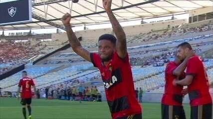 Gol do Sport! Marquinhos cruza na área e André empurra para o gol aos 11' do 1º tempo