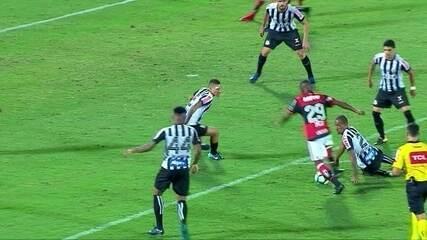Melhores momentos de Flamengo 1 x 2 Santos pela 37ª rodada do Campeonato Brasileiro