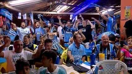 Tricolores do RN comemoram a vitória do Grêmio, agora tricampeão da Libertadores