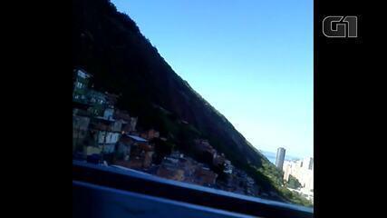 Morador da Rocinha registra som de tiros na comunidade