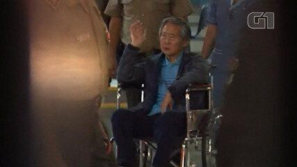 Ex-presidente peruano Alberto Fujimori deixa clínica após indulto
