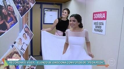 Elenco se emociona com fotos da trajetória de 'Pega Pega'