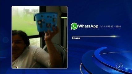 Mulher usa balde dentro de ônibus em Bauru para não se molhar com goteira
