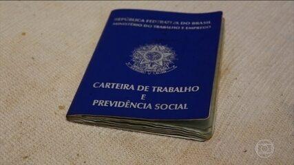 Taxa de desemprego no Brasil bate recorde em 2017