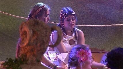 Ana Paula diz para Patrícia: 'Eu gosto de me sentir protegida'