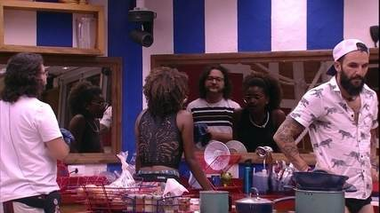 Diego conversa sobre voto com Nayara e Wagner