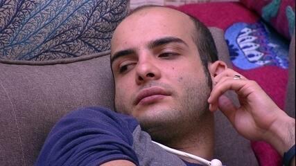 Mahmoud conta para Breno: 'Estou confessando meus pecados'