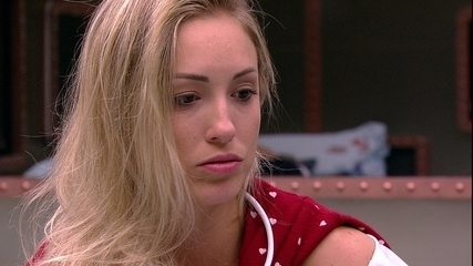 Jéssica dispara para Lucas: 'Isso é um ok para eu ir aí?'
