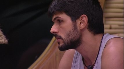 Lucas tranquiliza Mahmoud: 'Agora eu acredito em você'