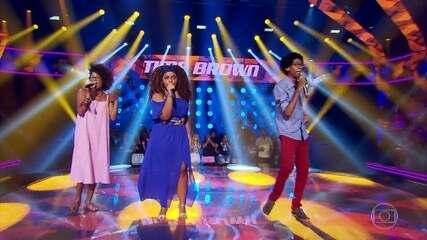 Claudia Zanetti, Maiara Morena e Nicolas Silva cantam 'Joga Fora'