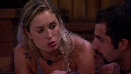 """Jéssica questiona Breno sobre placa de """"Sonsa"""" no Jogo da Discórdia"""