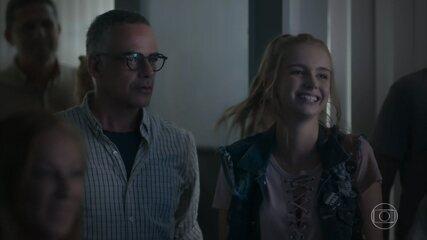 Luís se surpreende com o filme de Juca e Clara