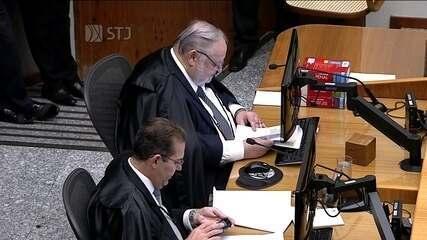 Ministro Felix Fischer lê o relatório do pedido de habeas corpus da defesa de Lula