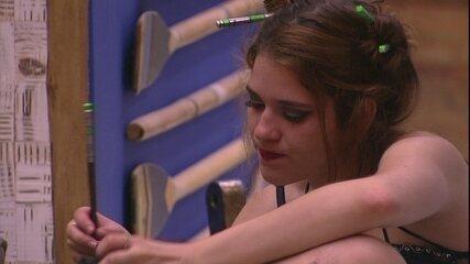 Ana clara desabafa com Gleici: 'Não sou obrigada'