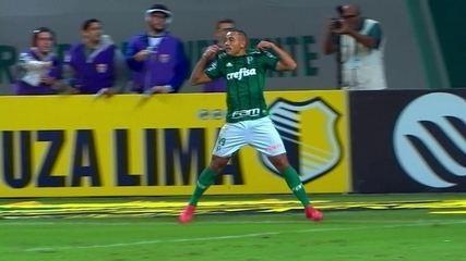 Gol do Palmeiras! Lucas Lima cruza e Papagaio completa de cabeça, aos 34 do 2º