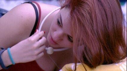 Ana Clara cogita que público não goste da família Lima e faz planos em caso de rejeição