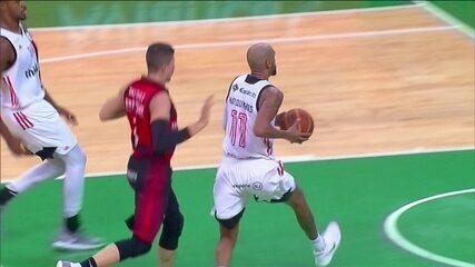 Melhores momentos: Flamengo 89 x 75 Vitória pelo NBB