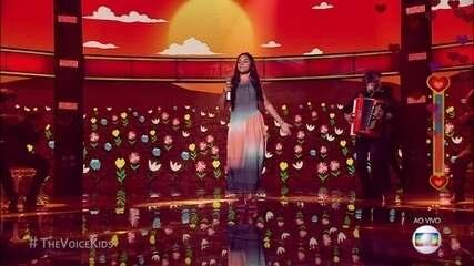 Eduarda Brasil canta 'Lamento Sertanejo' na final do The Voice kids