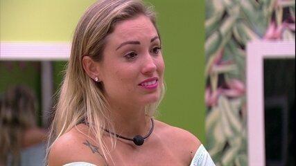 Jéssica desabafa com Kaysar: 'Não estou acreditando'