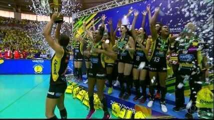 Praia Clube é campeão da Superliga Feminina