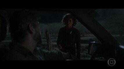 Rosinete reclama com Pedro por cuidar sozinha de sua filha