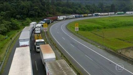 Governo apura se transportadoras estão paralisando atividades para exercer pressão