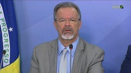 Quase 45% das interdições em rodovias pelos caminhoneiros já foram liberadas, diz ministro