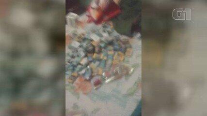 Criminoso se exibe com bens roubados em supermercado de Praia Grande, SP