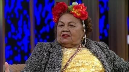 Dona Onete fala sobre sua vida e carreira