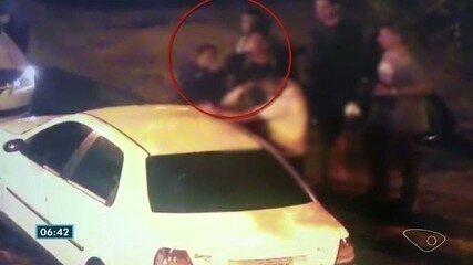 Confusão entre policiais e namoradas tem socos e tiro em bar de Vila Velha, ES