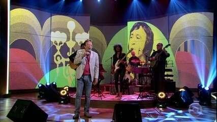 """Moacyr Franco canta """"Ainda Ontem Chorei de Saudade"""""""