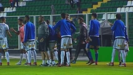 Melhores momentos de Figueirense 0 x 2 Ponte Preta