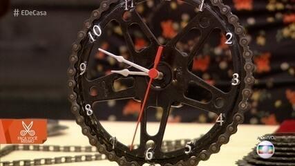 Saiba como fazer um relógio de parede com peças de bicicleta