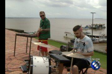 Banda 'Strobo' fez o som do É do Pará deste sábado