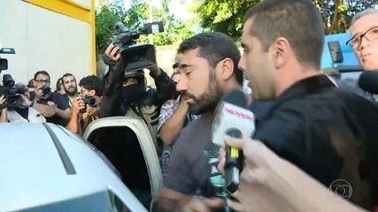 """""""Doutor Bumbum"""" e mãe dele são presos no Rio de Janeiro"""