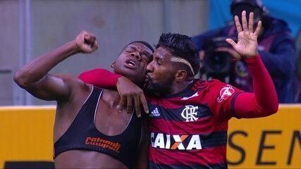 Grêmio sofreu gol de empate do Flamengo aos 48 do segundo tempo