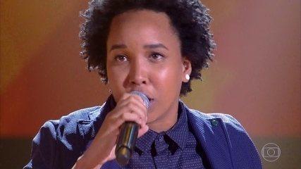 """Meggie Santos canta """"Boa Noite"""""""