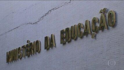 Lei do teto de gastos não vai diminuir orçamento do MEC de 2019, diz pasta
