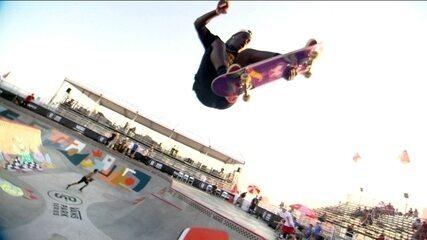 Candidatos a medalha olímpica, skatistas disputam torneio de skate park nos Estados Unidos
